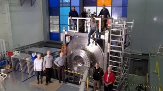 Constructing the world´s strongest magnet for neutron research