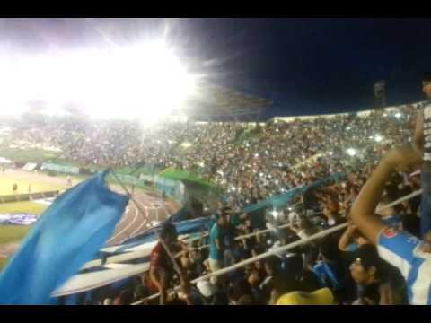 """""""Hinchada hay una Sola LOS CHIFLADOS"""" Barra: Los Chiflados • Club: Blooming"""