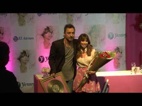 Lali Espósito video Recibe el disco de oro de