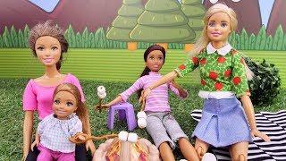Куклы на пикнике. Барби и лучшие подружки на отдыхе