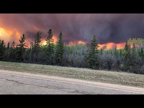 Alberta wildfires near High Level prompts evacuations