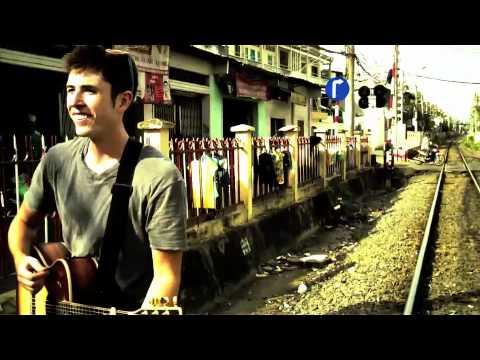 Wet Pavement in Saigon, Vietnam (acoustic)