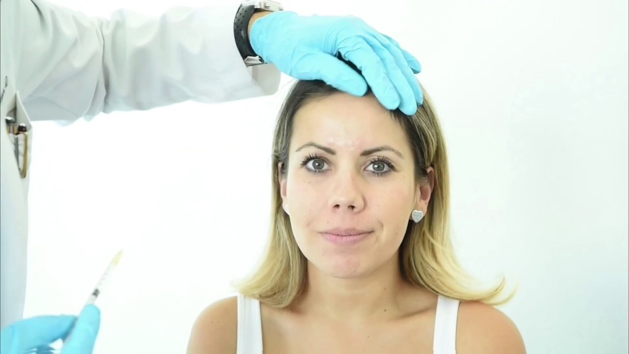 Dr. Macias performing botox injections