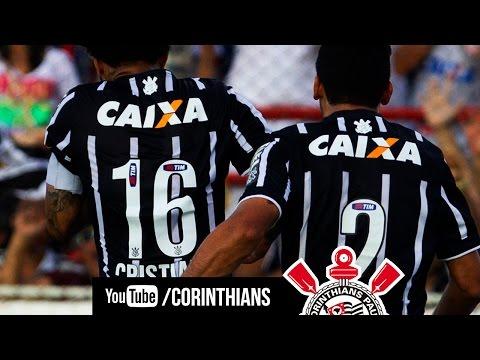 Cristian, de pênalti, marca contra o Ituano