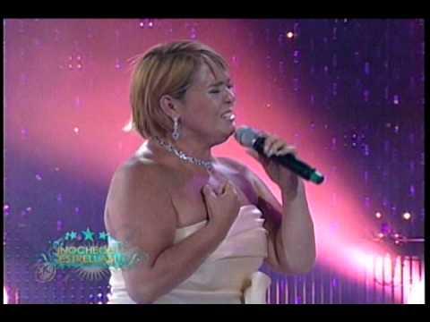 Lupita D'alessio  - Acaríciame
