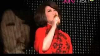 Tsai Chin  / Cai Qin /  蔡琴  Concert Singapore Sep 2010