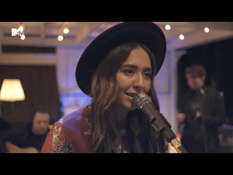 Manizha – Люстра (MTV SOUNDCHECK)