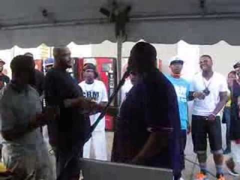 DJ Dirty Deja Blu of Little Rock, Arkansas squashes BEEF!
