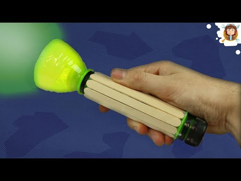 How to Make a Flashlight using Plastic Bottles