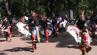 Kuda Lumping Banyumas Ramaikan Suasana Nobar Debat di Parkir Timur Senayan