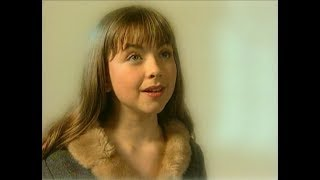 "Charlotte Church: ""Ave Maria"" (1998)."
