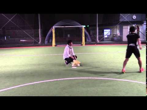 テニスボールでシュート練習