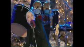 Annie Lennox GOD REST YE MERRY GENTLEMEN (live).mp4