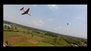 Skywalker X8 fpv chasing rc plane jet