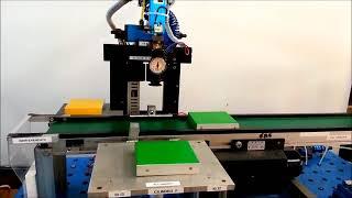 Stazione smistamento pezzi PLC Zelio Logic