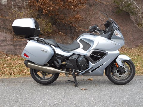 2014 Triumph Trophy SE ABS in Port Clinton, Pennsylvania - Video 1