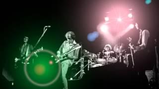 Hand in Hand - Dire Straits + lyrics