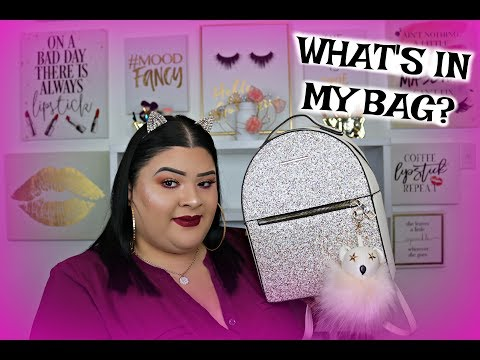 WHAT'S IN MY BACKPACK/PURSE? | 2018