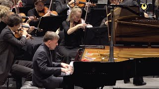 Johannes Brahms: Piano Concerto no. 2 (Stephen Hough pianist)