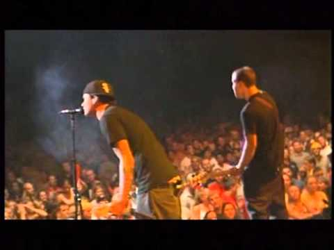 blink 182- anthem part two- live in chicago 2001