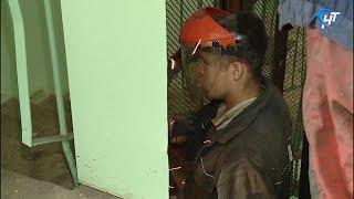 Подрядчик приступил к установке лифтового оборудования в доме №29 по набережной Александра Невского