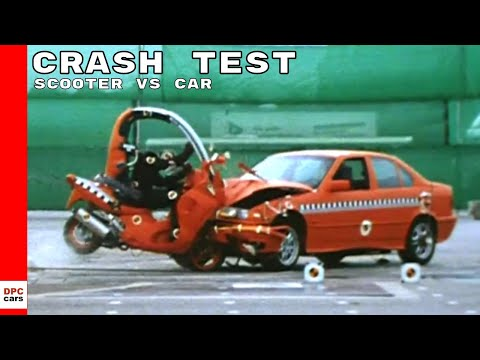 BMW C1 Scooter With Roof vs Car Crash Test