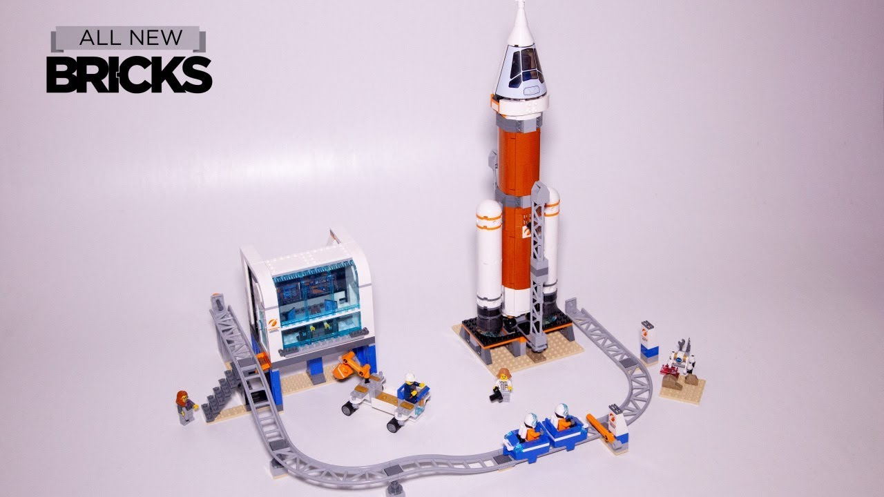 Lego City 60228 Deep Space Rocket and Launch Control Speed Build