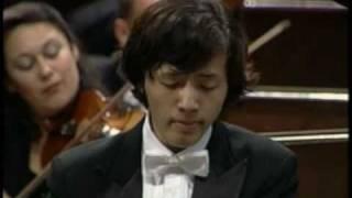 李雲迪:蕭邦 - 第一鋼琴協奏曲第三樂章:輪旋曲