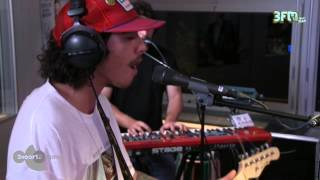 Sticky Fingers - 'Freddy Crabs' live @ 3voor12 Radio