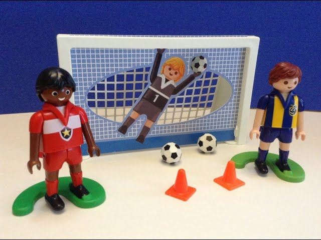 Playmobil-sports-action-soccer-take