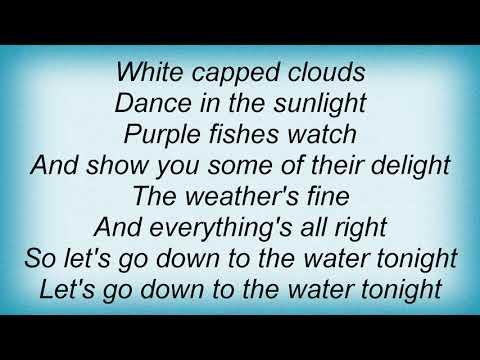 America - Down To The Water Lyrics