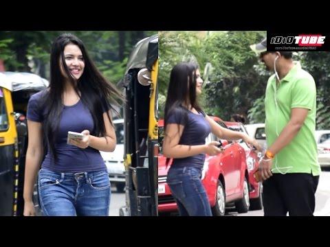 Hot Girl Sticky Handshake Prank | iDiOTUBE Screenshot 1