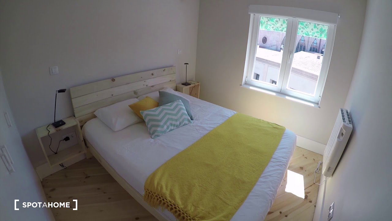 Slick 2-bedroom apartment for rent in Carabanchel