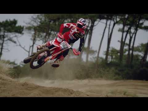 Team HRC 2018 - Tim Gajser, Brian Bogers and Calvin Vlaanderen (1 min)