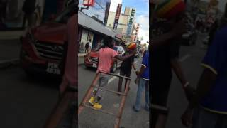 Sizzla hits the Streets of Central Trinidad