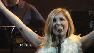 St Etienne - Nothing Can Stop Us Now - close-up HD, london 2012
