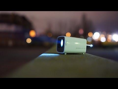 Portabler LED-Beamer PH300 mit Akku: Überall einsetzbar