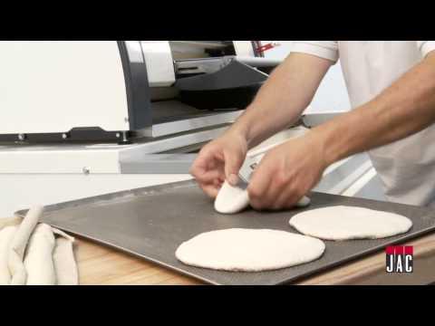 video 1, Façonneuse verticale avec sortie pain-plat