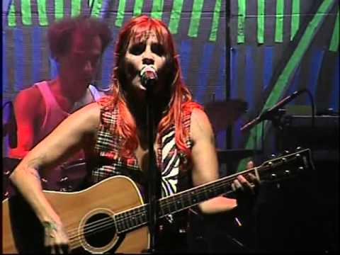 Fabiana Cantilo video Amor equivocado - ND Ateneo 2007