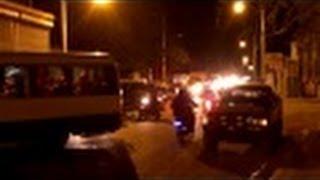 preview picture of video 'Tapon ocacionado por una patana de arroz dañada en la Avenida Duarte de Navarrete'
