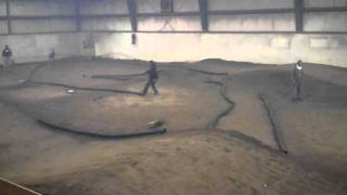 preview picture of video 'Tillsonburg Indoor Offroad Shootout 2011 Controlled Practice Dave Henry'