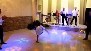 ქორწილში chechnuri feat break dance
