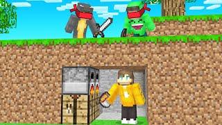 BLIND Hunters Vs Speedrunner In Minecraft!