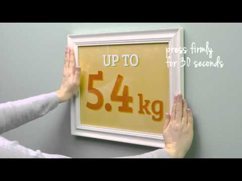 How to hang pictures using Command™ Picture Hanging Strips