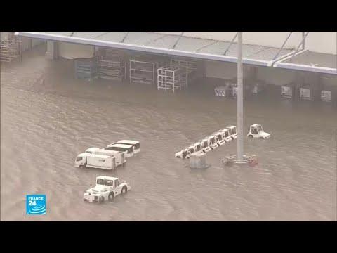 العرب اليوم - شاهد: قتلى وأضرارا مادية جسيمة بسبب إعصار اليابان