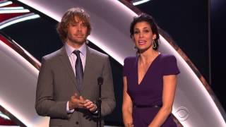 Daniela Ruah et Eric Christian Olsen aux People's Choice Award 2015