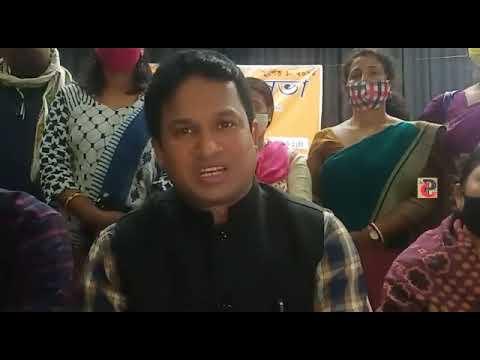 'এটিভিটিএ'-র নেতা প্রদীপ বণিক দাবি করেছেন, সরকার '১০৩২৩' শিক্ষকদের 'অবজর্ব' করে নেয়ার সিদ্ধান্ত নিয়েছে।