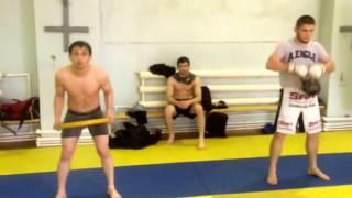 Тренировка Хабиба и его команды