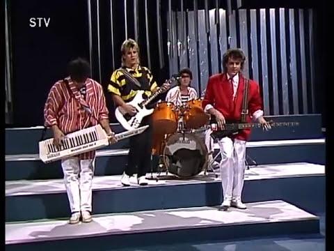 """ВИА """"Весёлые ребята"""", """"Не волнуйтесь тётя"""". Конкурс """"Братиславская лира"""", 1987 год."""