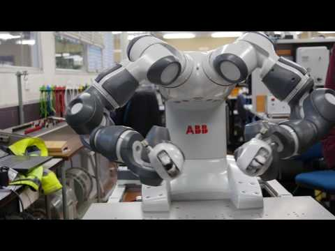 ROBOT SELFIE - Engineering - Monash University